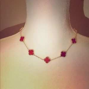 Red carnelian Clover necklace